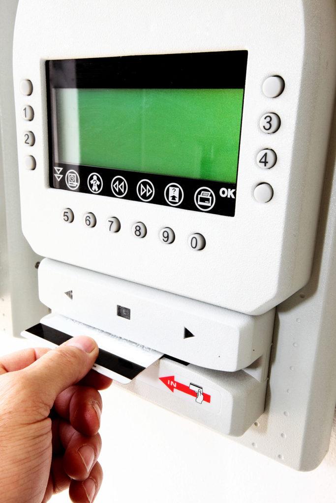 Lettore badge per controllo accessi
